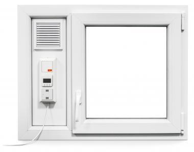 mealon fenster mit integriertem l fter. Black Bedroom Furniture Sets. Home Design Ideas